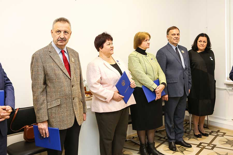 Staff members of St Petersburg University presented with awards by Mongolia
