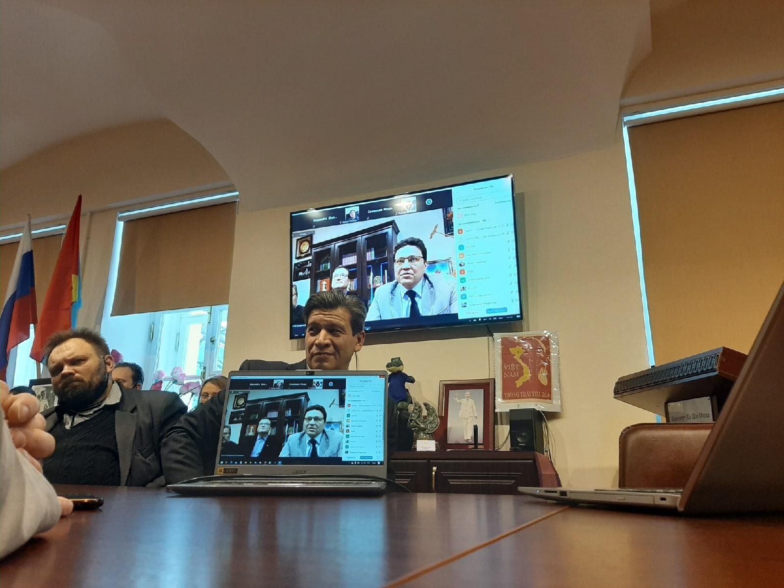 Телеканал «Санкт-Петербург»: В СПбГУ рассказали о технологиях «цветных революций»