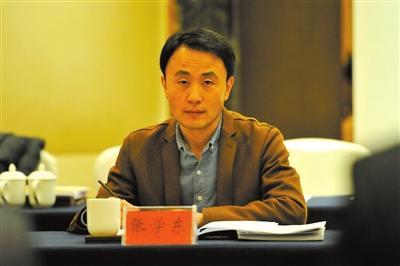 «Литературная газета»: А. Родионов и О. Родионова беседуют с китайским писателем Чжан Сюэдуном