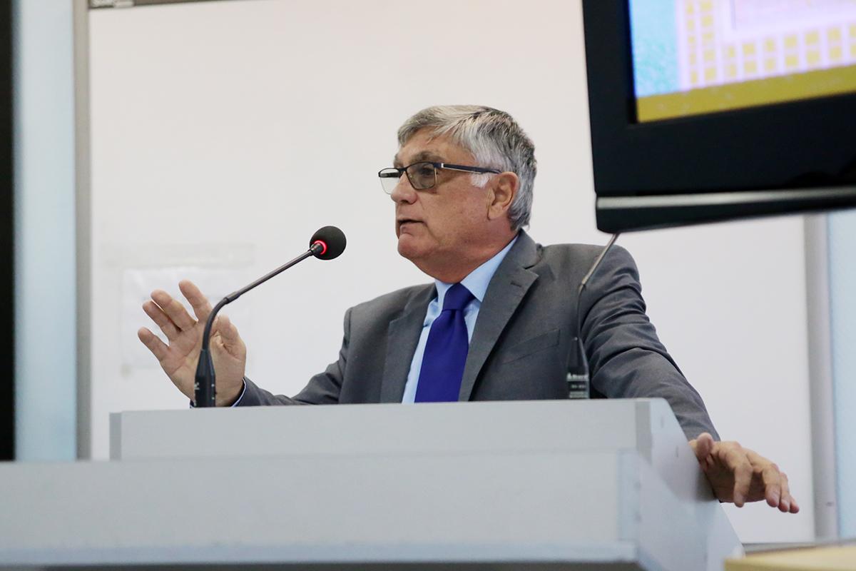 Israeli diplomat Haim Koren speaks at St Petersburg University