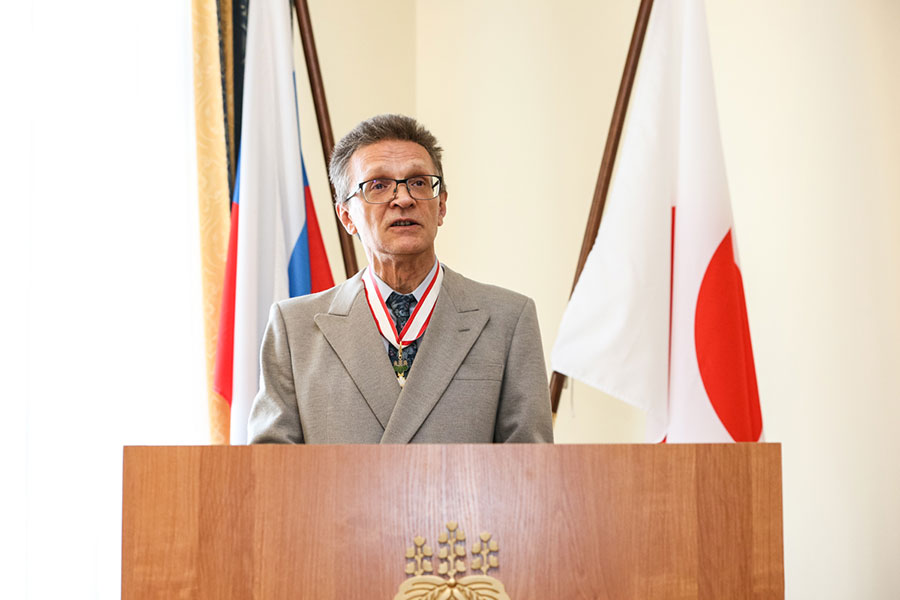 Professor Aleksandr Filippov of St Petersburg University has received the Order of the Rising Sun, one of Japan's highest awards