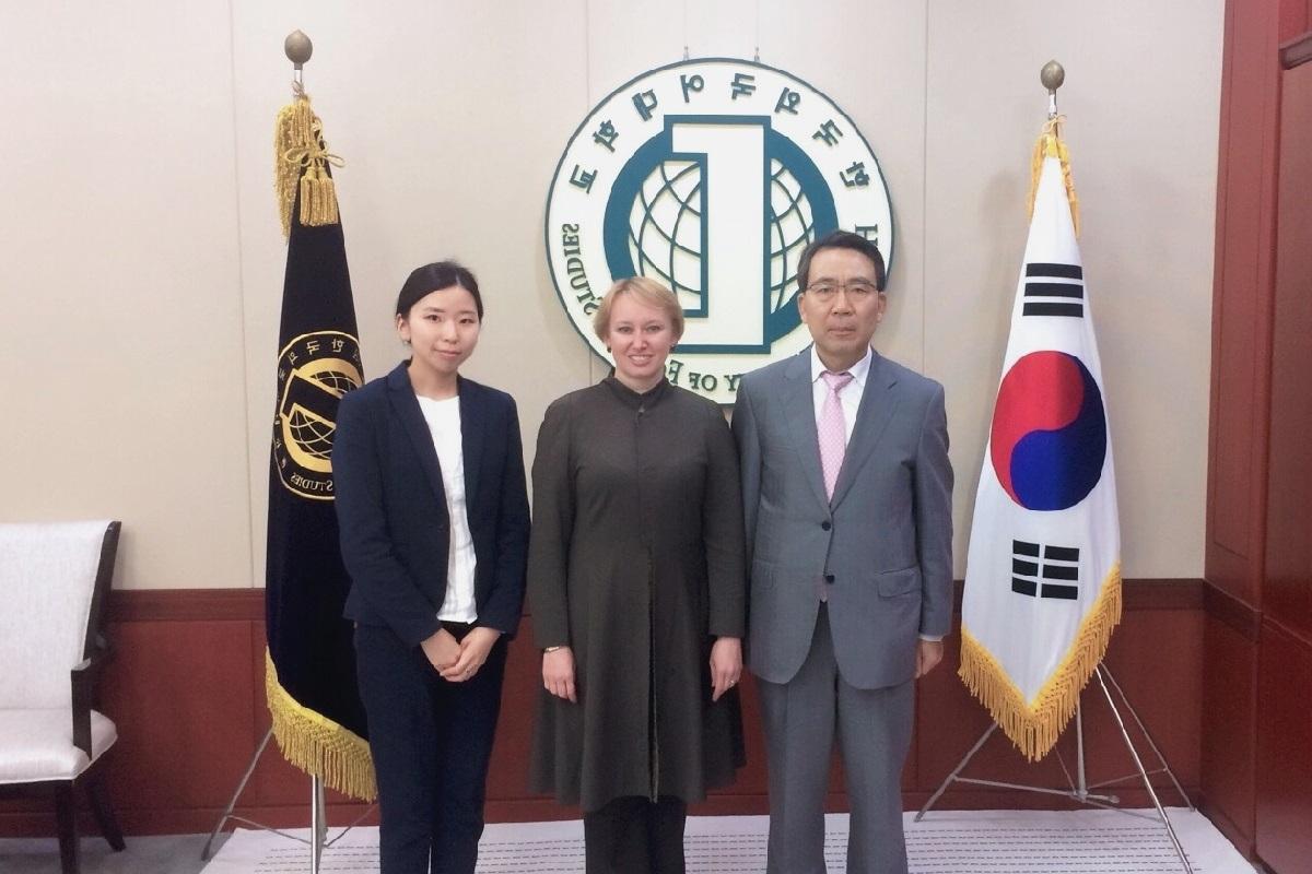 Representation of St Petersburg University in Korea: one year later